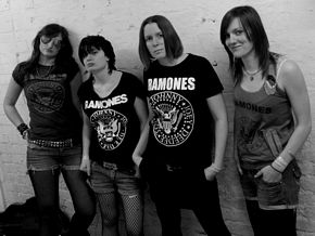 The Ramonas - Backstage - Nambucca